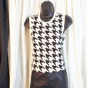 Black White Houndstooth Soft Knit Tank Top Medium